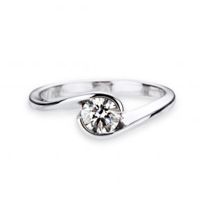 Diamond engagement ring Ying Yang from