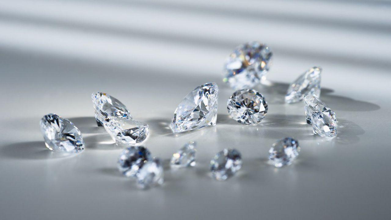 Le plus grand bijoutier au monde renonce à utiliser des diamants naturels